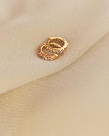 White zirconia gold